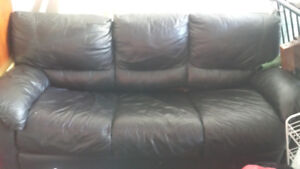 Furniture sale!! Everything must go! TV/ CHAIRS/COUCHES/ TABLES.