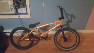 FreeAgent Novus BMX With norco seat