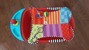 Baby bathtub and changing pad