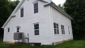 Wolfville: Newly renovated 4 bedroom house