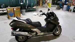 2005 Honda Silverwing scooter