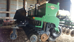 Great Plains 15 Foot Drill and coulter cart