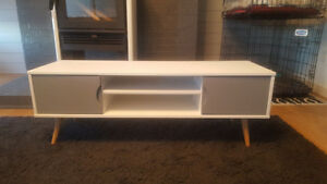 TV table/ console
