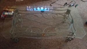 Beautiful removable glass top coffee table Cambridge Kitchener Area image 1