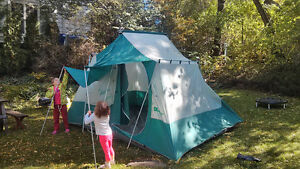 Large tent 12x8x7ft for storage or kids play