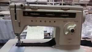 Singer sewing machine West Island Greater Montréal image 5