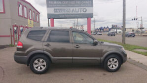2009 Kia Borrego LX AWD V6 8 seats *Finance available