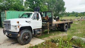 Ford F-800, dump truck with Hiab crane