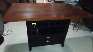 PUB Table - Slightly used (no room in home)