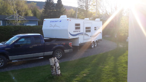 Camion Ford   F 150 Club Cab  + Caravane ( roulotte )   Selette