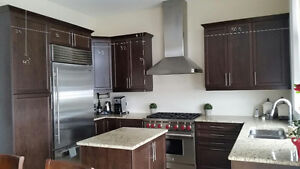 *** 1.5 YR new Kitchen Cabinets FOR SALE ***