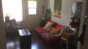1 big bedroom sublet near metro Parc, all august (only)!