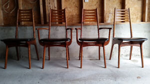 TEAK DINING TABLE AND DESIGNER CHAIRS