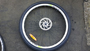 "26"" Vorlad Disc Front Wheel (almost new)"