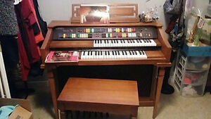Organ for sale need get rid of ASAP We're Moving!!!