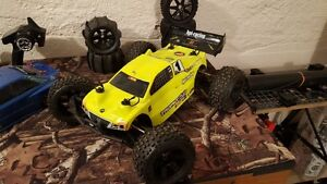 HPI Trophy Truggy Flux 1/8 scale