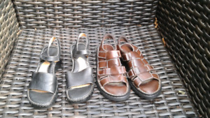 2 pairs of spring/summer woman's sandals