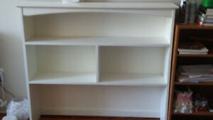 White Shelf Stand