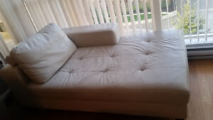 URGENT Couch/sofa chaise lounge with removable back rest