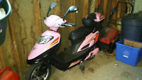Gio Electric Scooter (pink)
