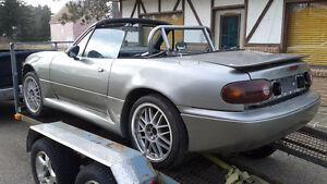 1990 Mazda MAZDASPEED MX-5 Miata Convertible reduced.
