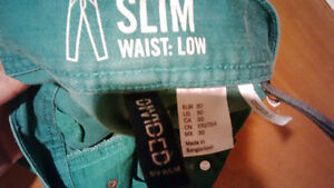Men's green slim jeans size 30 Kitchener / Waterloo Kitchener Area image 2