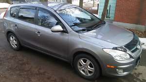 2012 Elantra Touring GLS SE excellent condition
