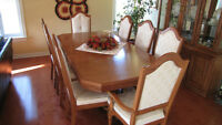 Solid Oak dining room set - 8 chairs, 2 leaves, buffet and hutch