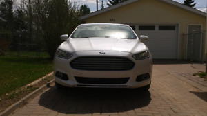 2014 fusion awd turbo mint condition.