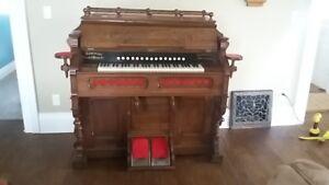 Antique Pump Organ For Sale