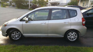 '07 Honda Fit. Low Km's, MVI, Remote Starter, FREE winter tires