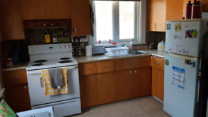 2 bedroom Apartment Available Sept/Oct Pembroke