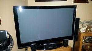 "Samsung 60"" TV"
