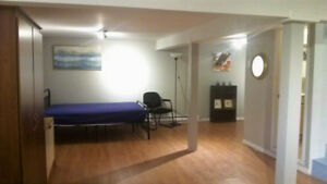 Spacious room to rent (Basement) - West Island, DDO