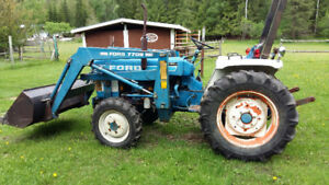 Ford 1710 acreage tractor