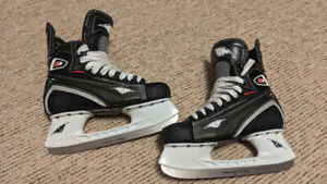 FS: Mission ice skates -fit approx shoe size 6.5