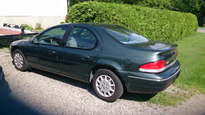 2000 Chrysler Cirrus Sedan