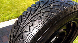 215/65R17 4 HANKOOK I*PIKE WINTER TIRES with Rims 85% Tread left
