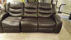 Leather Sofa that reclines on both ends