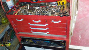 Mechnics tool chest/drawers and entire tool set!