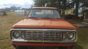 1977 w200 dodge powerwagon 3+3