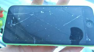 Working Iphone 5c 16gig green