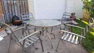 patio table and chairs London Ontario image 3