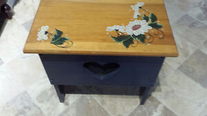 Hall Bench Hand Painted New Price Belleville Belleville Area image 1
