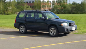 Solid 2005 Subaru Forester 2.5X