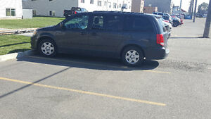 2012 Dodge Caravan OPEN TO RESIONABLE OFFERS LEAVING THURSDAY