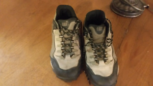 Men's hiking shoes (size 10)