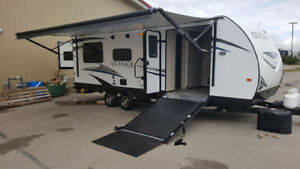 PRIVATE SALE. Unused 2019 Keystone 240OURS Outback TOY HAULER