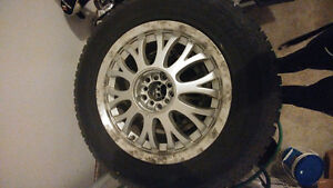 """Hankook winter 245/75/17 with mags 5x114.3 17"""" combo West Island Greater Montréal image 2"""