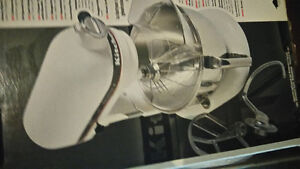 kitchen air  mixer    6 quarts  525  W for sale London Ontario image 1